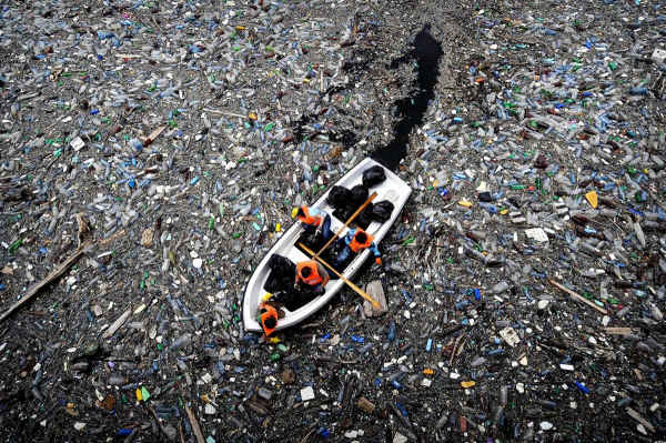 garbage-in-ocean